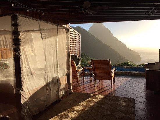 Ladera Resort: Room H