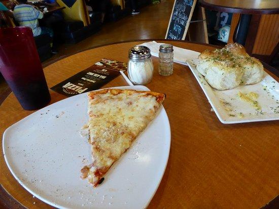 Fantasy Pizza and Salads: Slice and garlic rolls