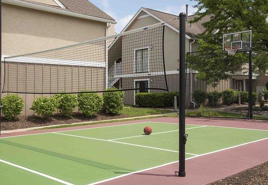 Residence Inn Chicago Deerfield: Sport Court