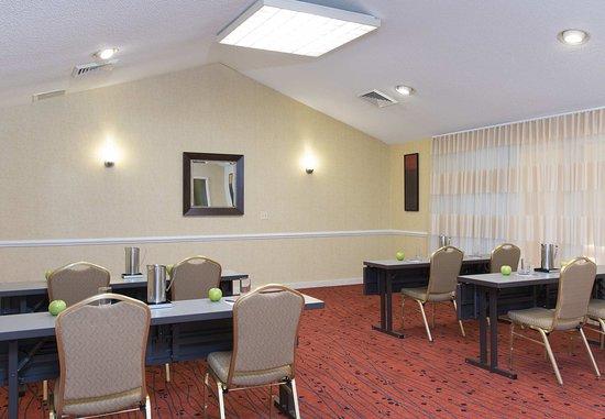 Residence Inn Chicago Deerfield: Meeting Room