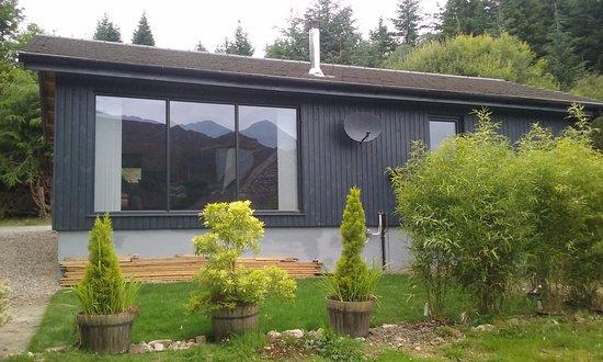 Loch Ness Highland Cottage B&B