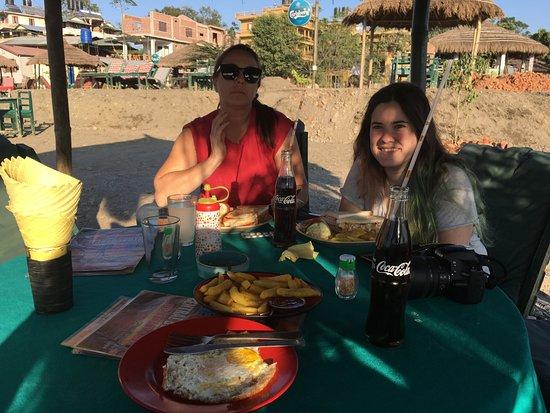 Sunset View Restaurant & Bar: vista