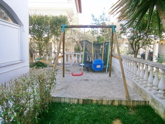 Dionisiou Beach Resmi