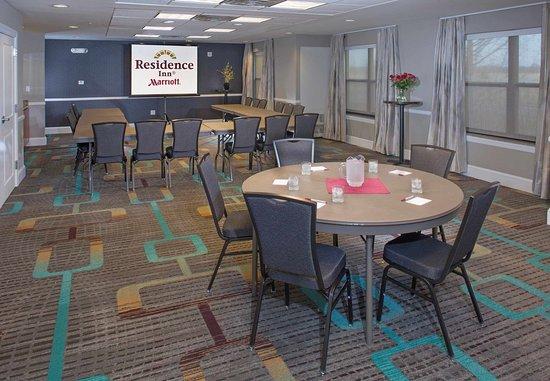 Dover, DE: Meeting Room