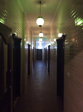 Hotel Holy City : the passage way