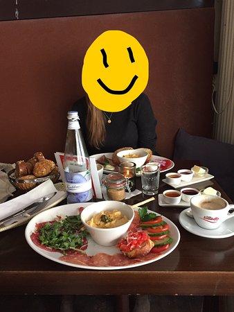Vorstadt-Cafe: Frühstück Diva und Queen