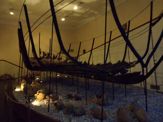 Bodrum Museum of Underwater Archaeology: bateau
