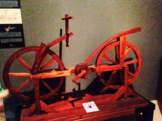 Prototipo Della Moderna Bicicletta Foto Di Museo Leonardo Da