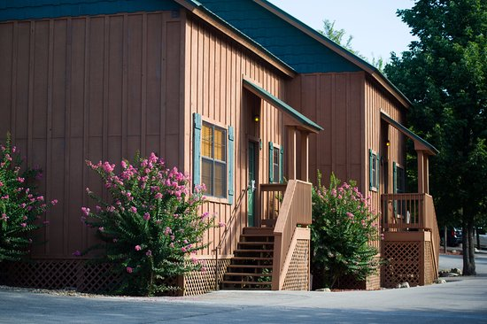 Entrance - Picture of Cabins at Green Mountain, Branson - Tripadvisor