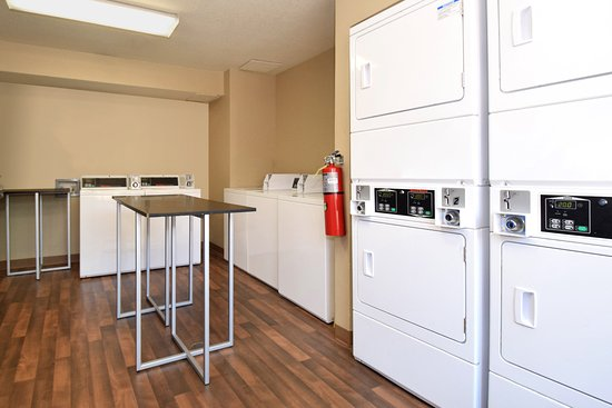 Extended Stay America - Phoenix - Mesa - West: On-Premise Guest Laundry
