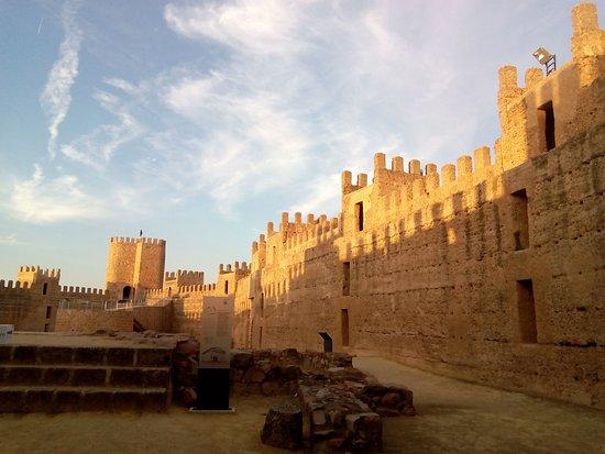 Interior Del Castillo De Banos De La Encina Interesante Historia