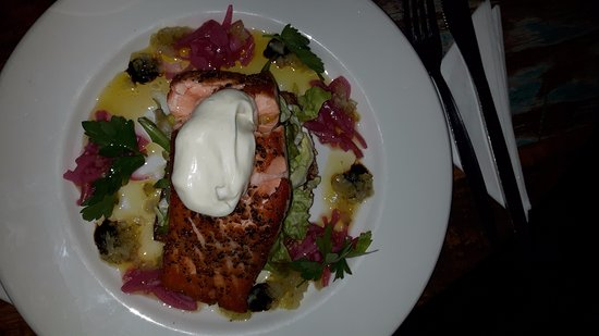 Feehan's Bar: One of the best salmon dish