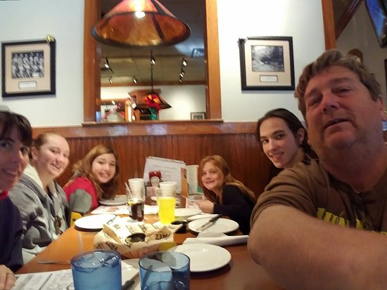 Jasper, GA: Lunch at FATZ with the jake, april, marissa, carlea and shannon