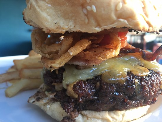 The Blue Room Sports Bar & Grill: Six different homemade burgers on offer