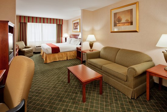 New Milford, PA: Our Junior Suite 'King Feature' is home away from home