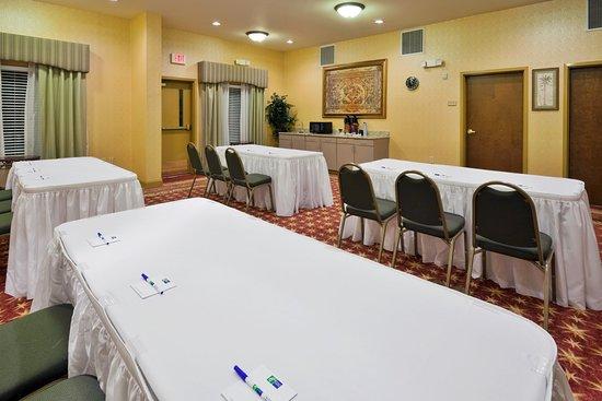 Pell City, AL: Meeting Room