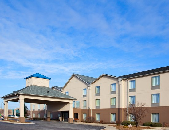 Holiday Inn Express Bourbonnais (Kankakee / Bradley): Stay at Holiday Inn Express minutes from Nucor Steel