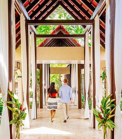 Renaissance St. Croix Carambola Beach Resort & Spa: Entrance