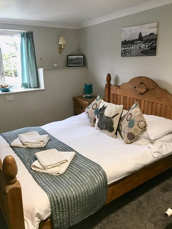 Littledean, UK: All of our rooms are en-suite with newly fitted carpet and recently redecorated
