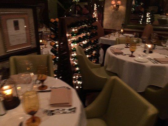 Cafe Chardonnay Photo1 Jpg