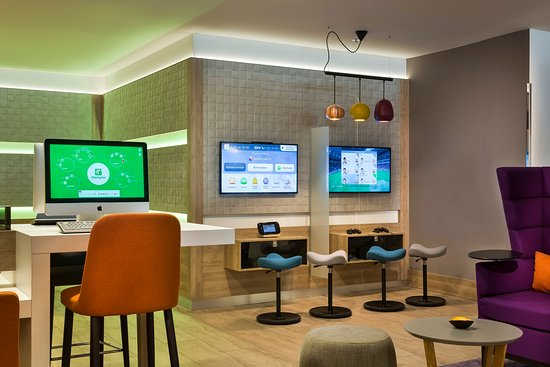 Holiday Inn Munich - City Centre: Gaming Corner (Wii & Playstation)
