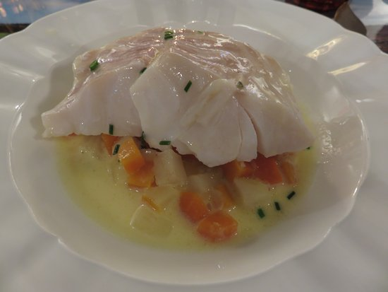 Monestier, France: Fish as main course at the brasserie