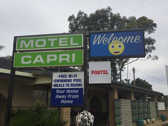 Balranald Capri Motel Photo