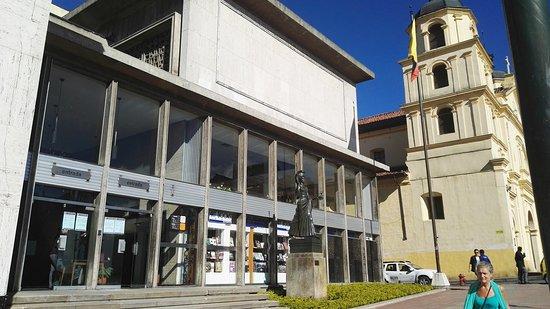 Luis Angel Arango Library: IMG_20161229_151944_large.jpg