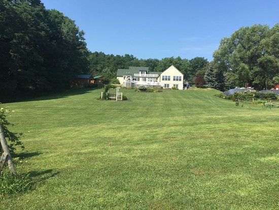Penn Yan, Nowy Jork: view from the very back of the property