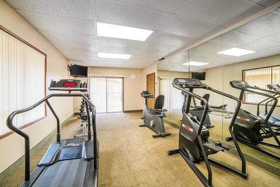 Quality Inn: Exercise Room