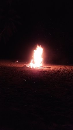 Castara, Tobago: Bonfire on the beach