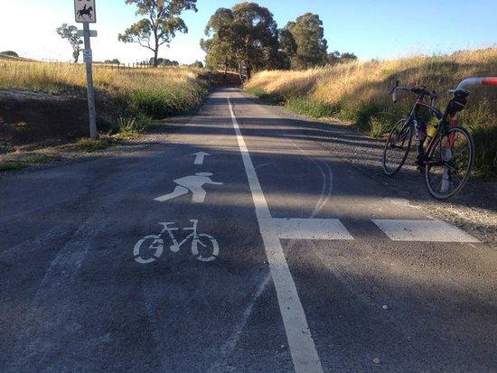 Oakbank, Austrália: Mt Torrens terminus