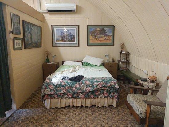 Miles, Australia: Inside view of Bunker
