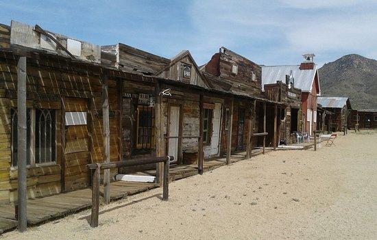 Chloride, AZ: Old Town Facade Open to the public