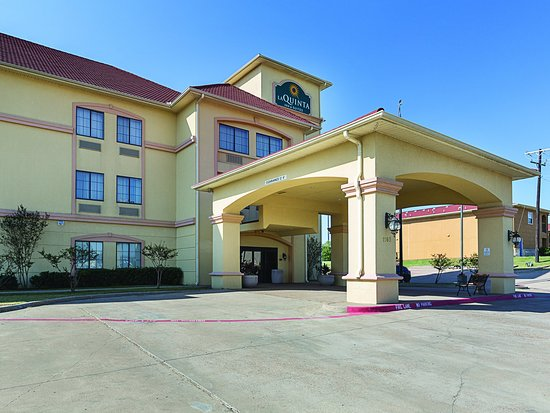 Alvarado, Teksas: Exterior