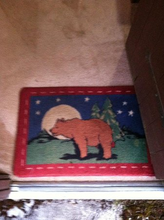 Beaver, WA: Welcome rug into room