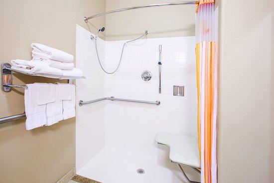 Bay City, TX: Bathroom