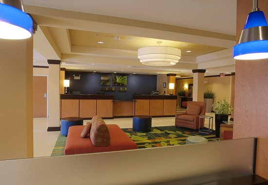 Fairfield Inn & Suites Milledgeville: Lobby