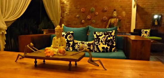 Sitting area at Villa Karisa