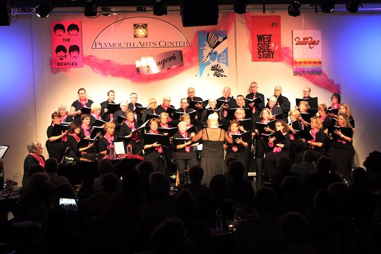 Plymouth, WI: Arts Center Singers directed by Barb Zirwes-Nysse