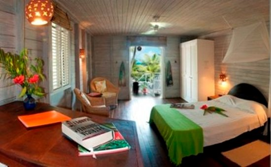 Sea-U Guest House: Main House Studio