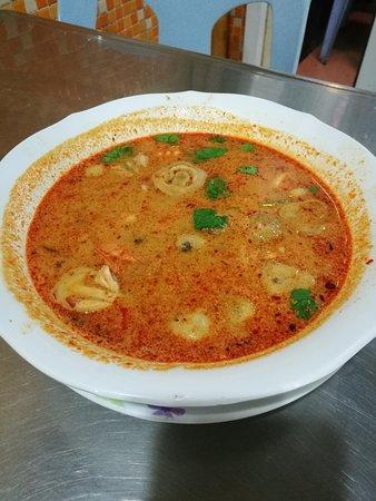 Lek Seafood: Tom Yum