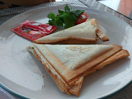 Tanaya Bed & Breakfast: Great Breakfast