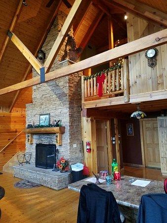 Cabins At Hickory Ridge: 20161228_160911_large.jpg