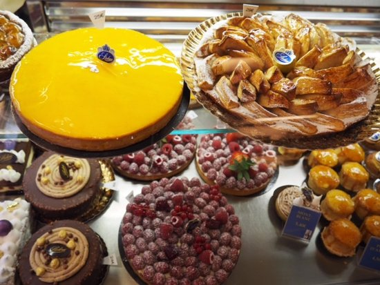 Rue Montorgueil: More patisseries