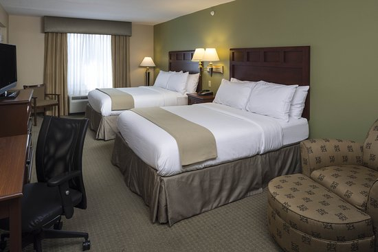 Holiday Inn Express & Suites Lakewood Ranch