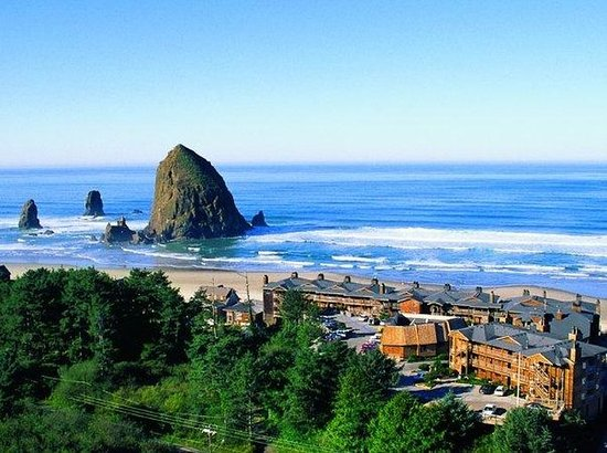 Hallmark Resort & Spa Cannon Beach: Exterior view