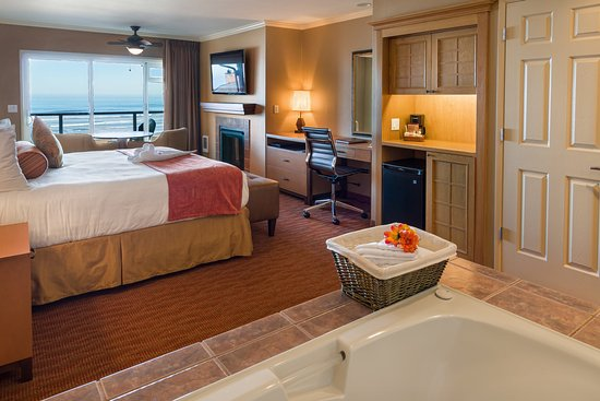 Hallmark Resort & Spa Cannon Beach: AJK