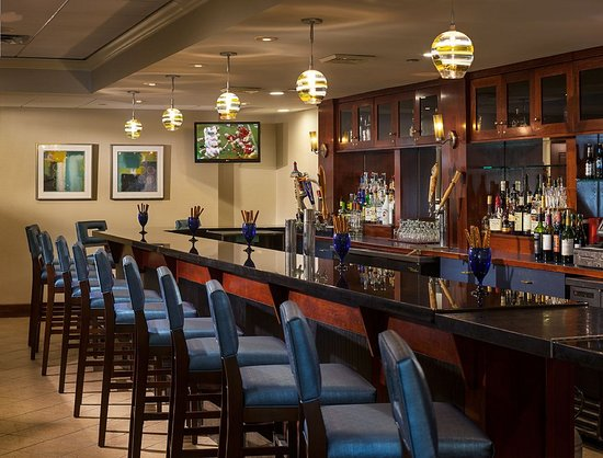 Holiday Inn Hartford Downtown Area: Bar and Lounge