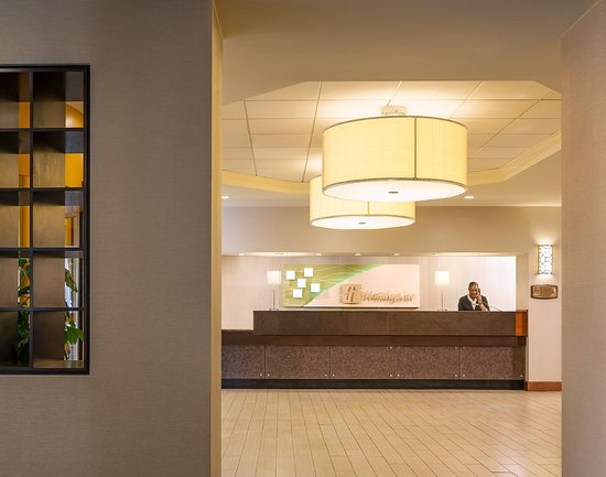 Holiday Inn Hartford Downtown Area: Front Desk, Check In Area